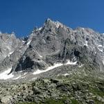 Aiguille du Peigne (3 192 m / 10 472 ft)