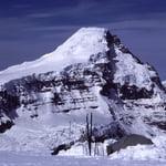 Mount Columbia (3 747 m / 12 293 ft)