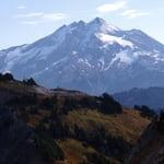 Glacier Peak (3 207 m / 10 522 ft)