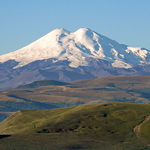 Mount Elbrus (5 642 m / 18 511 ft)