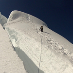 Tocllaraju (6 038 m / 19 810 ft)