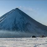 Krestovsky Volcano (4 057 m / 13 310 ft)