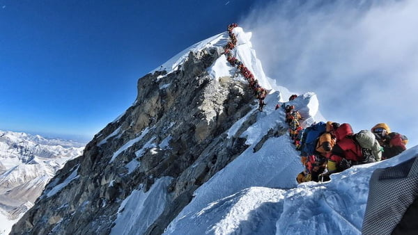 Everest climbers to face stricter rules after deadly season