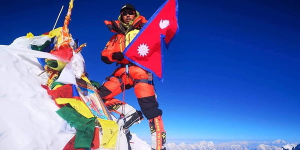 Mingma Dorchi Sherpa Sets World Record For Fastest Consecutive Summits of Everest, Lhotse