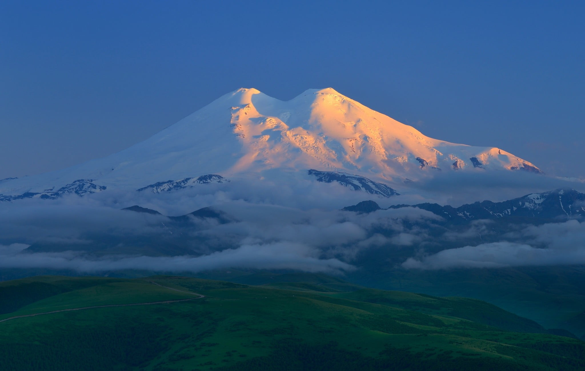 7 Do And Dont For Mt Elbrus Climb  Mountain Planet