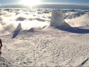 Image of Emmons Glacier, Rainier (4 392 m / 14 410 ft)