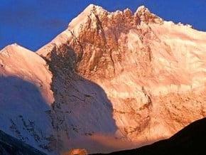 Image of Lhotse (8 516 m / 27 940 ft)