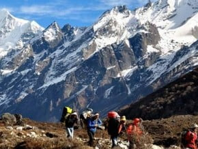 Image of Langtang Valley trek, Lāngtāng Lirung (7 227 m / 23 711 ft)
