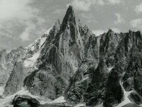 Image of Aiguille du Dru (3 754 m / 12 316 ft)