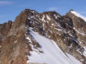 Image of South ridge (Mittlere Ramolkogel) and east ridge (Grosser Ramolkogel), Ramolkoegele (3 549 m / 11 644 ft)