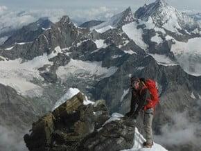 Image of Lion Ridge, Matterhorn (4 478 m / 14 692 ft)
