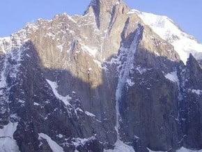 Image of Diretissima of the North Face Pillar, Peak Aksu (5 217 m / 17 116 ft)