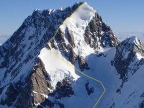 Image of via Linda Glacier, Mount Cook (3 754 m / 12 316 ft)