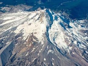 Image of Mount Adams (3 745 m / 12 287 ft)