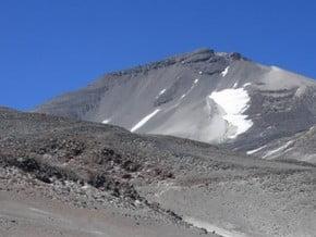 Image of Normal Route, Ojos del Salado (6 893 m / 22 615 ft)