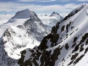 Image of Mittellegi Ridge, Eiger (3 970 m / 13 025 ft)