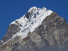 Image of Lobuche Peak 6119m., Everest (8 848 m / 29 029 ft)
