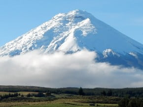 Image of Cotopaxi (5 897 m / 19 347 ft)
