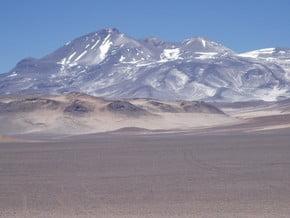 Image of Ojos del Salado (6 893 m / 22 615 ft)