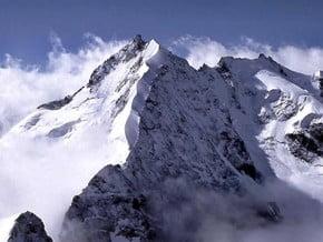 Image of Piz Bernina (4 049 m / 13 284 ft)