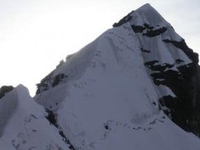 Image of SudWest Ridge, Alpamayo Chico (5 370 m / 17 618 ft)