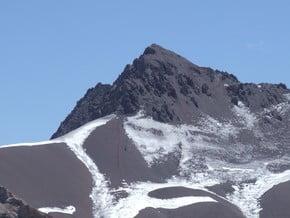 Image of East Ridge, Cerro Bonete (5 074 m / 16 647 ft)
