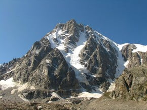 """Image of """"Expromtus"""" south-east face of south ridge, Tyutyu (4 460 m / 14 633 ft)"""