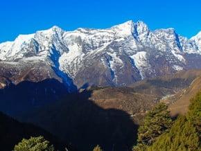 Image of Kongde Ri (6 187 m / 20 299 ft)