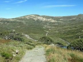 Image of via Charlotte Pass, Mount Kosciusko (2 228 m / 7 310 ft)