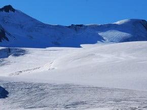 Image of Monte Cevedale (3 769 m / 12 366 ft)