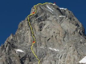 Image of Via RoMa ED 1345m 6a A2 east face, Grandes Jorasses (4 208 m / 13 806 ft)