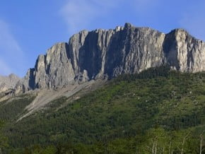 Image of Yamnuska (2 240 m / 7 349 ft)