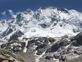 Image of on the North-West wall, Ullu-Tau (4 207 m / 13 803 ft)