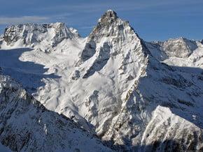 Image of Belalakaya (3 861 m / 12 667 ft)