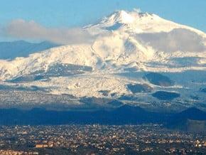 Image of Etna (3 344 m / 10 971 ft)