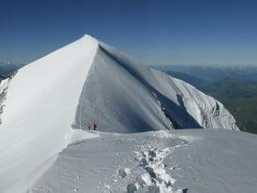 Image of Traverse, Domes de Miage (3 673 m / 12 051 ft)