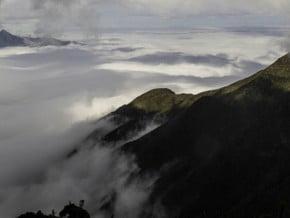 Image of Serra Fina Crossing, Pedra da Mina (2 798 m / 9 180 ft)